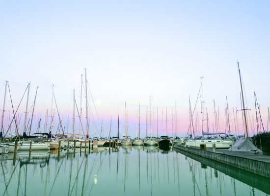 Yacht chartern oder Katamaran chartern in Korfu bei Korfu Segeln, Boot mieten, handverlesene Auswahl von Charteryachten im Ionischen Meer