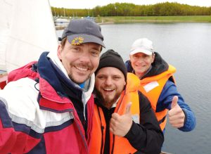 meine ersten segelschüler Alex und Henry nach bestandener Prüfung