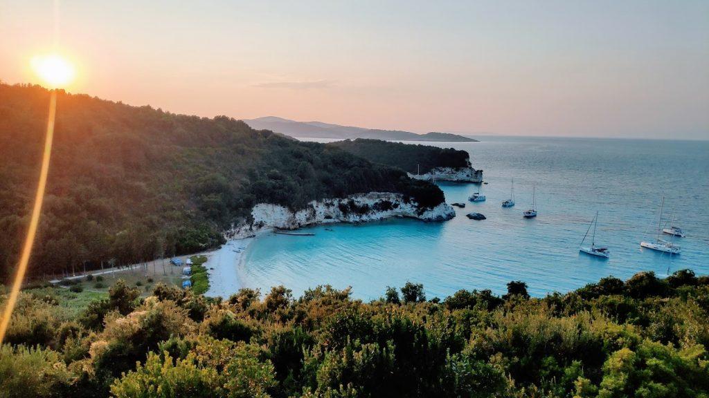 Nach Voutoumi Bay auf Antipaxos beim Mehrgenerationen-Törn nach Paxos und Antipaxos