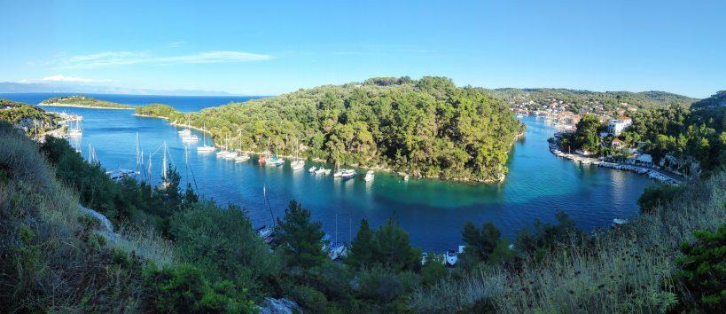 Corona sichere Ferien in Korfu auch im Hafen von Gaios