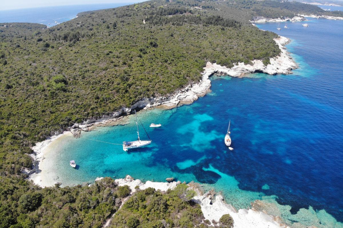 Buchten an der Ostseite von Antipaxos