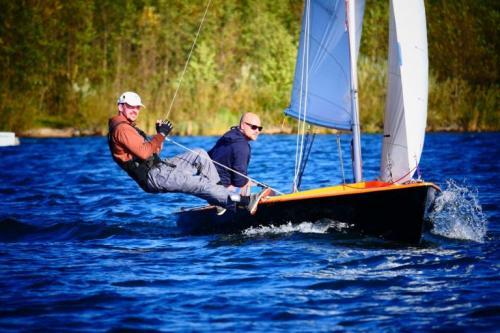Skipper Korfu Mathias mit Ixylon auf dem Schweriner See
